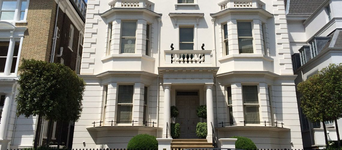 A house purchase by a buying agent in Kensington